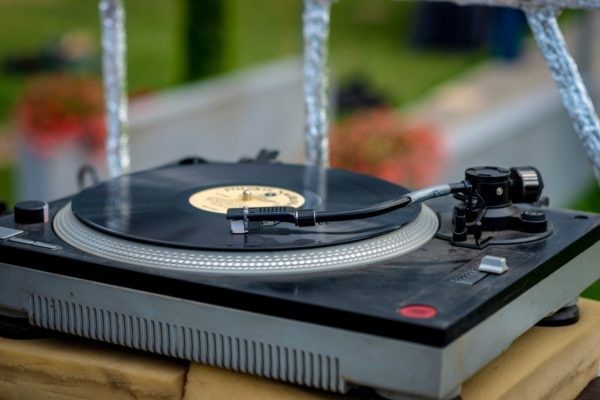 An old vinyl record player